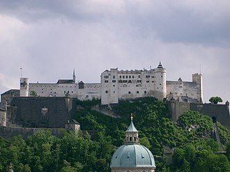 Inner bailey - The early modern fortress of Hohensalzburg (Austria) with the old inner bailey in the centre