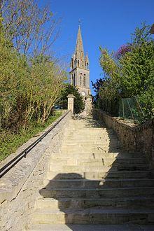 Vue de l'entrée - Église Saint-Pierre d'Amblie - avril 2017.jpg