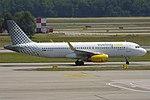 Vueling, EC-LVV, Airbus A320-232 (19483592289).jpg