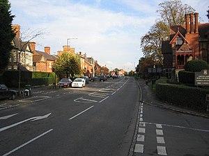 Waddesdon - Image: Waddesdon Main road