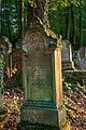 Waibstadt - Jüdischer Friedhof - mittlerer Teil - Grabstein im Gegenlicht 1.jpg