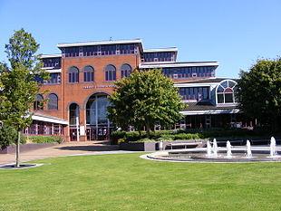"""Sandwell Council House in <a href=""""http://search.lycos.com/web/?_z=0&q=%22Oldbury%2C%20West%20Midlands%22"""">Oldbury, West Midlands</a>"""