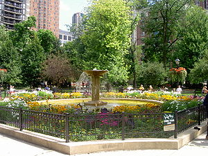 Washington Square Park (Chicago) - The restored fountain at the center of the park.