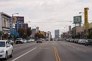 Western Avenue toward Koreatown (5701403263).jpg