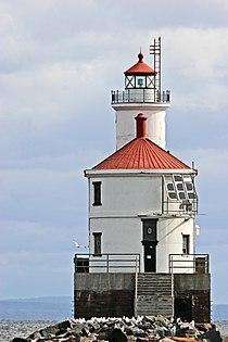 Wisconsin Point Light house.jpg