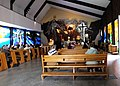 Wnętrze kościoła NMP Królowej Świata na Ochocie.JPG