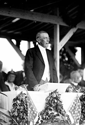 Confederate Memorial (Arlington National Cemetery) - President Wilson speaks at the dedication ceremony for the Confederate Memorial.