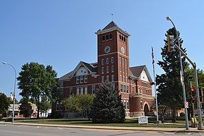 Das Wright County Courthouse in Clarion, seit 1981 im NRHP gelistet[1]