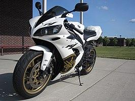 Yamaha R Angel Eyes