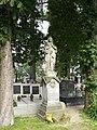 Zabytkowe groby na cmentarzu w Jazgarzewie k. Piaseczna (23a).jpg