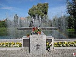 Zbąszyń, Pomnik Jana Pawła II - fotopolska.eu (177149).jpg