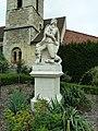 Église Saint-Jean-Baptiste - Le Plessis-Robinson - Statue de d'Artagnan.jpg
