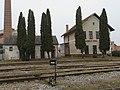 Železničná stanica v Rovniach.jpg