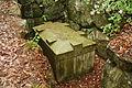 一須賀古墳群B-9号墳復元家形石棺.JPG