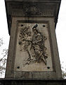 010 Monument a Antonio López, relleu dels Tabacs de Filipines.jpg