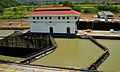 08-130 Exclusas de Miraflores 3 - Flickr - JMartinC.jpg