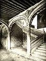 093 Alcalá de Henares Treppenhaus des erzbischöflichen Palais.jpg
