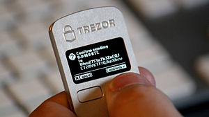 Bitcoin - Trezor hardware wallet