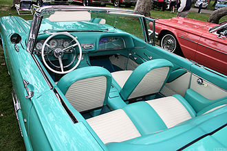 Ford Thunderbird (second generation) - 1959 Ford Thunderbird interior