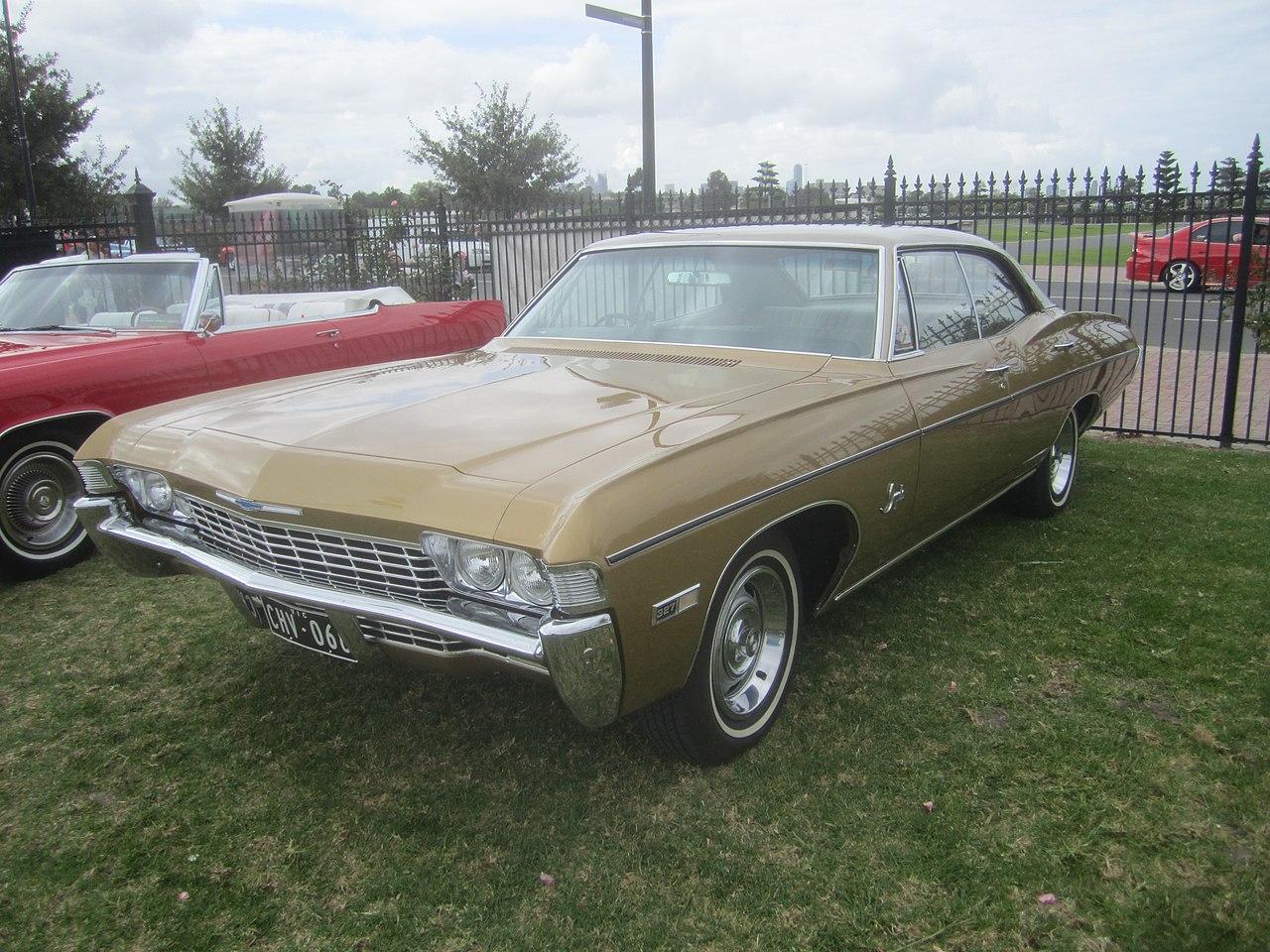 File 1968 Chevrolet Impala 4 Door Hardtop Jpg Wikimedia Commons