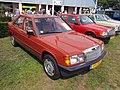 1983 Mercedes-Benz 190E, Dutch licence registration 19-LBN-1.JPG