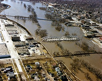 Grand Forks, North Dakota - The Red River in flood in April 1997