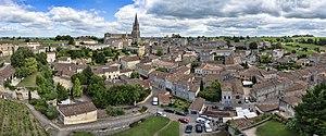 Saint-Émilion - Image: 1 saint emilion pano 2016