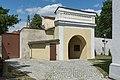 2015 Kościół św. Marii Magdaleny w Gorzanowie, budynek bramny 01.JPG