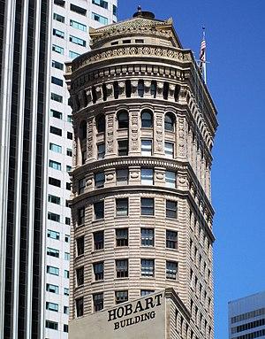 Hobart Building - Image: 2017 Hobart Building 582 92 Market Street top