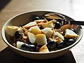 20200410 100000 Breakfast with cereal, pear and bilberry.jpg