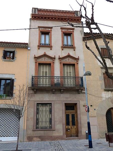 File 250 casa llu s plandiura c centre 31 la garriga jpg wikimedia commons - Casa la garriga ...