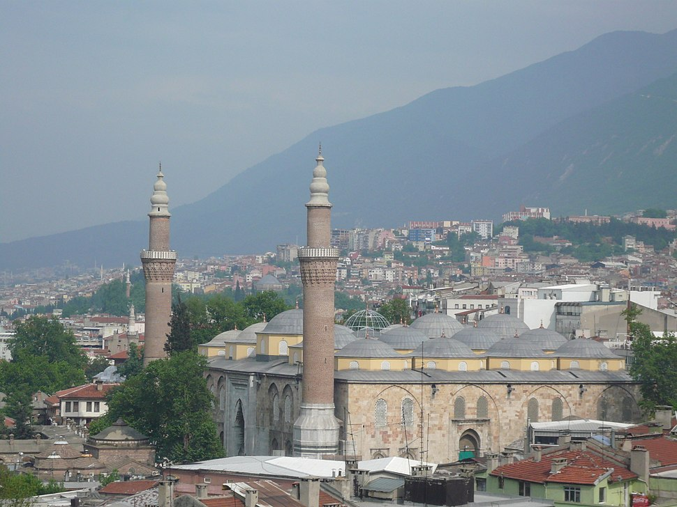 71 Bursa la Grande Moschea