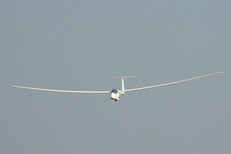800px-ASW-20-CL-flight.JPG