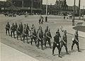 Aankomst van een detachement veldartillerie uit Ede aan het station op de maanda – F40343 – KNBLO.jpg
