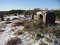 Abandoned homesite (25222314574).jpg