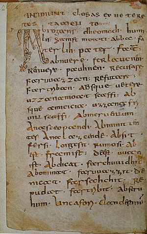 "Abrogans - First page of the St. Gall Codex Abrogens (Stiftsbibliothek, cod. 911) Heading: INCIPIUNT CLOSAS EX VETERE TESTAMENTO (""Here begins the commentary on the Old Testament"")"