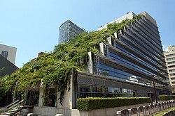 L'ACROS Fukuoka, côté terrasse