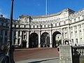 Admiralty Arch, London 05.jpg