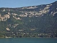 Aiguebelette-le-Lac, panoramique (2015).JPG