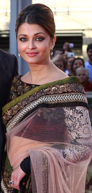 Aishwarya Rai - Rai at the premiere of Raavan in 2010