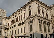 L'ala est su piazza Matteotti