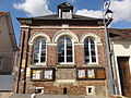Allonne (60), ancienne mairie, rue de la Mairie 2.JPG