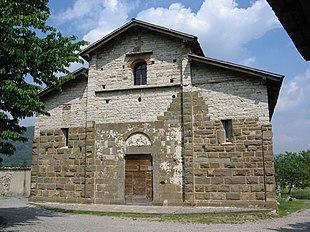 Pieve di San Giorgio del XII secolo ad Almenno San Salvatore (Bg).