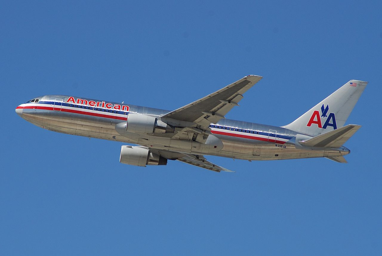 File:American Airlines Boeing 767-200; N338AA@LAX;18.04 ...