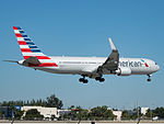 American Airlines Boeing 767-300ER (N350AN) at Miami International Airport.jpg