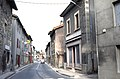Ancienne Route Nationale 6 dans la traversée de Cessieu.jpg