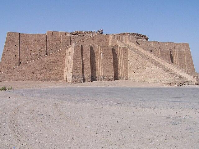 640px-Ancient_ziggurat_at_Ali_Air_Base_I