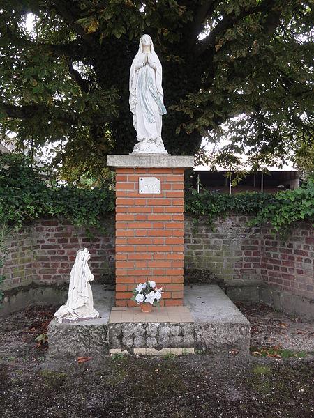 File:Annois (Aisne) statue N-D de Lourdes.JPG