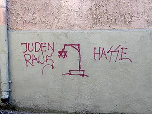 English: Antisemitic graffiti in Klaip?da, Lit...