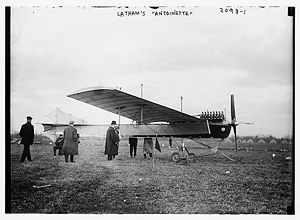Antoinette VII - Latham's Antoinette VII. This is a 1910 version with 100 hp V-16 engine.